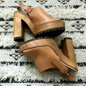 Zara 'Basic Collection' Chunky Clog Heel